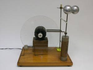 maquina eletrostática a disco