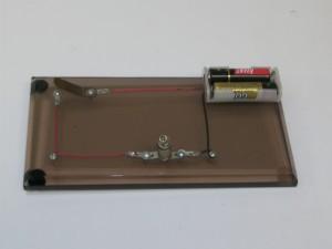 circuito simples com chave e fonte de alimentação
