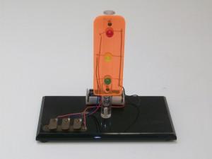 circuito com acionamento de um semáforo